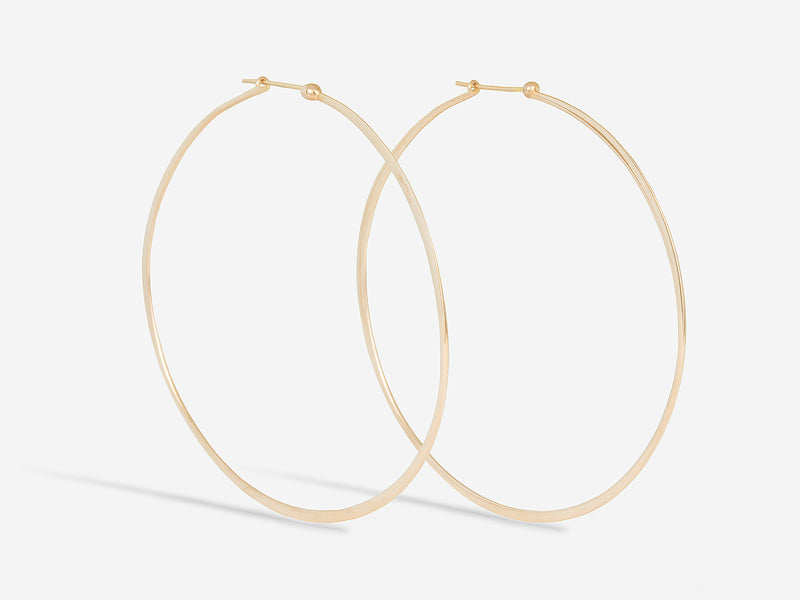 18k Medium Wave Hoop