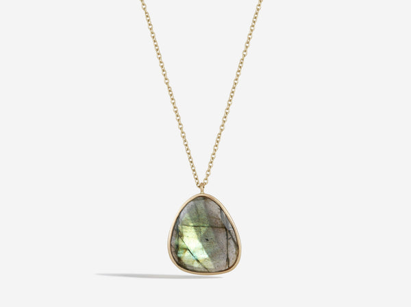 Shaesby 14k Gold and Labradorite Necklace