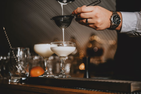 Cocktail pouring