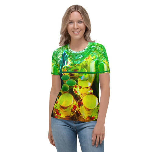 brite china Women's T-shirt