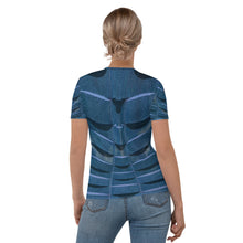 Load image into Gallery viewer, Blu Bent Weave T-shirt