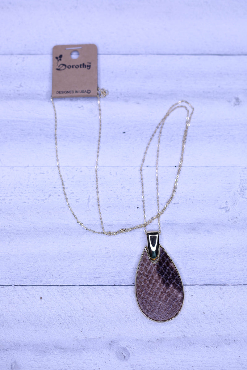 Slither Fashionably Necklace