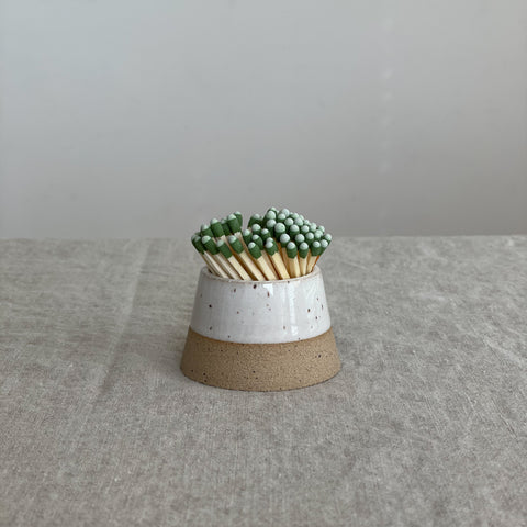 WHITE CERAMIC MATCH STRIKER