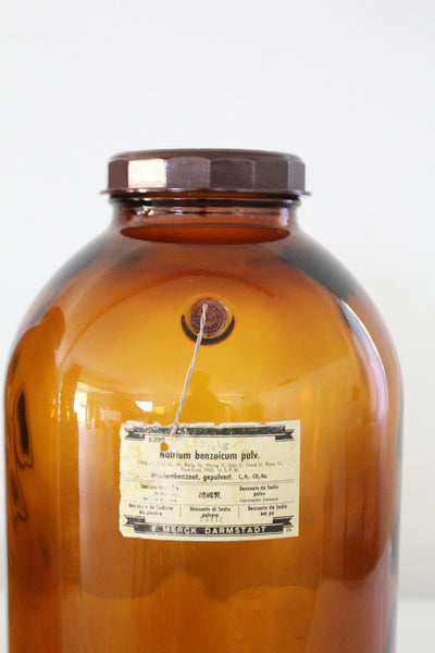 antique pharmaceutical bottles