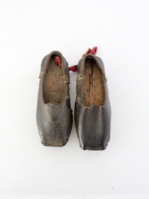 antique children's 1800s shoes
