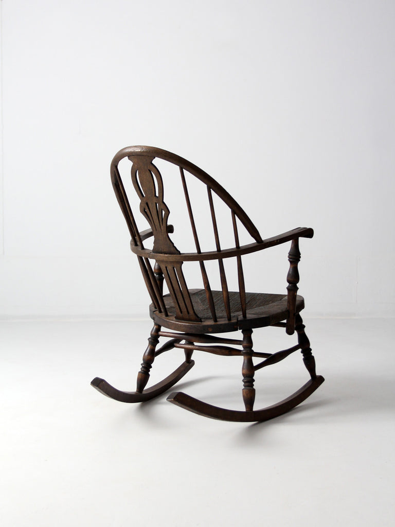 Antique Windsor Rocking Chair With Rush Seat . - Windsor Style Rocking Chair  - Home Design - Antique Windsor Rocking Chair Antique Furniture