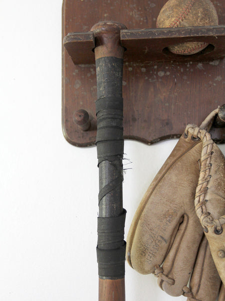 1940s kids baseball rack with superior bat