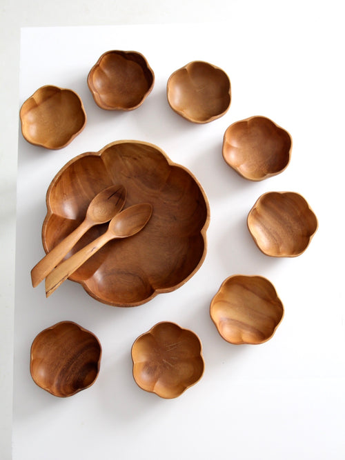 mid-century wooden serving bowl set