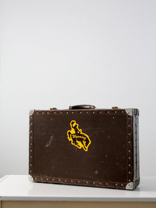 vintage Wyoming metal case