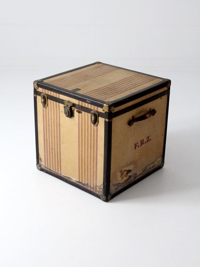 "vintage The OshKosh Trunk Company ""Chief"" trunk"