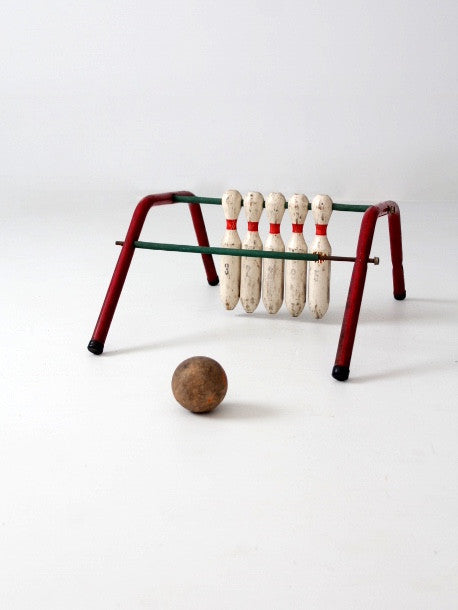 vintage Five Pins bowling game by Mansfield Zesiger Mfg. Co.