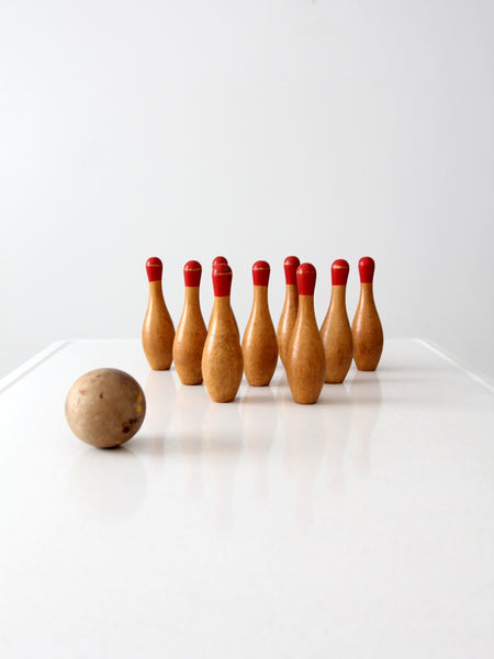antique tabletop bowling game set