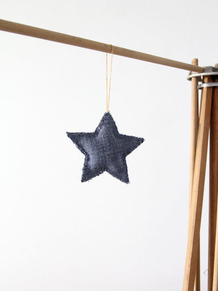The Ticking Star holiday ornament