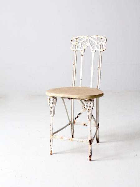 antique white spindle back chair