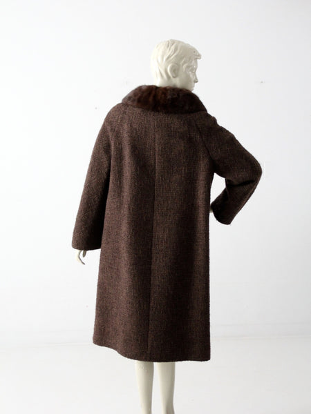 vintage 1960s Betty Rose wool coat with fur collar