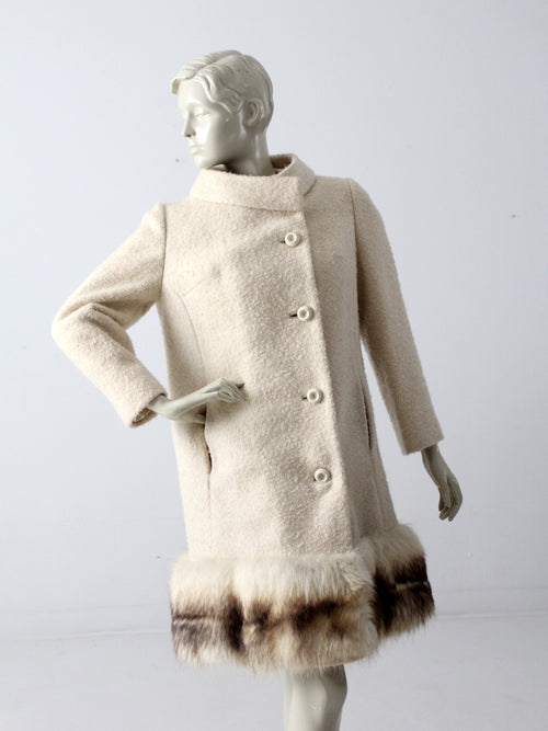 vintage 60s wool coat with fur trim