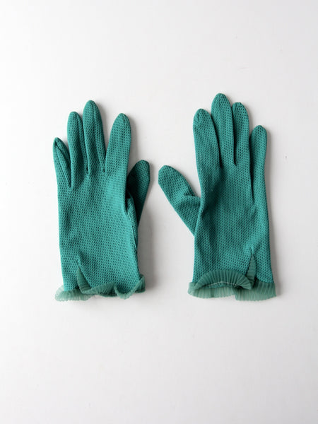 vintage 50s green wrist length gloves