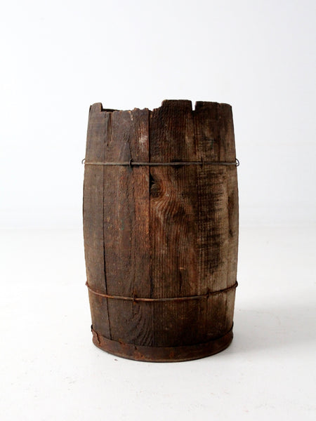 rustic country decor antique keg