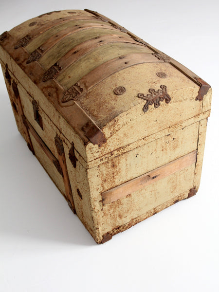 19th century barrel top trunk