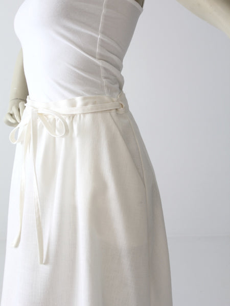 vintage 70s white wrap skirt with pocket
