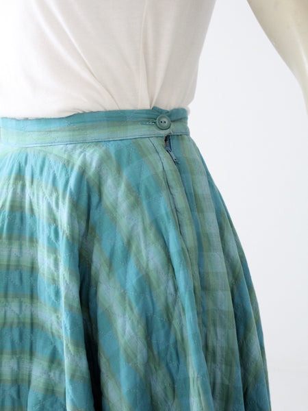 vintage 50s quilted circle skirt with metal side zip
