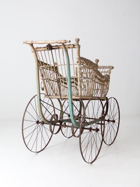 Victorian wicker carriage