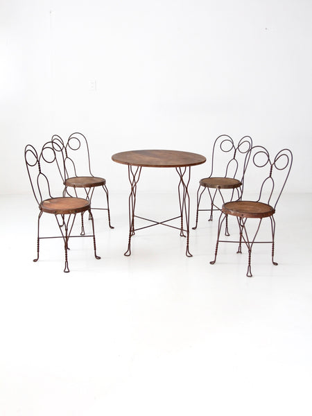 Art Nouveau bistro table set