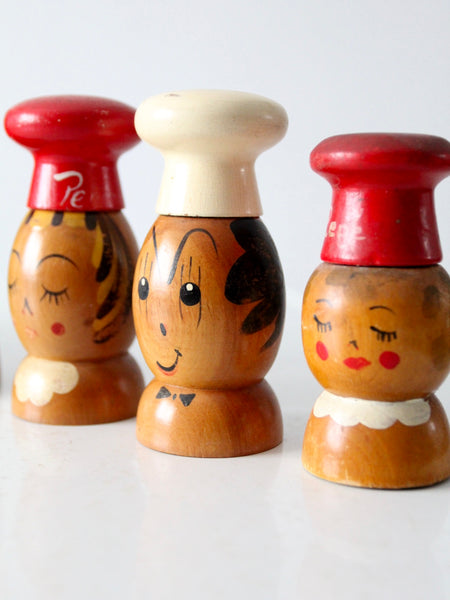 mid-century wood salt & pepper shakers