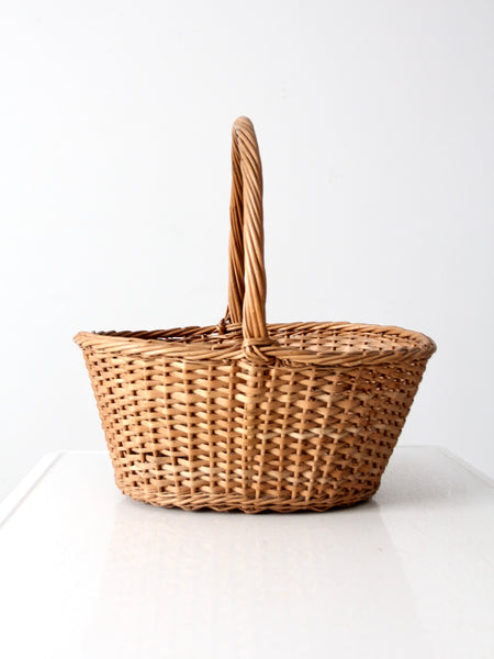 vintage wicker picnic basket with drink carrier