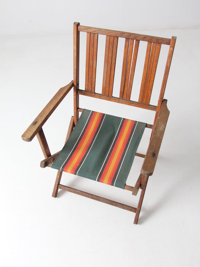 mid-century wooden folding patio chair