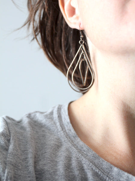 vintage teardrop drop earrings