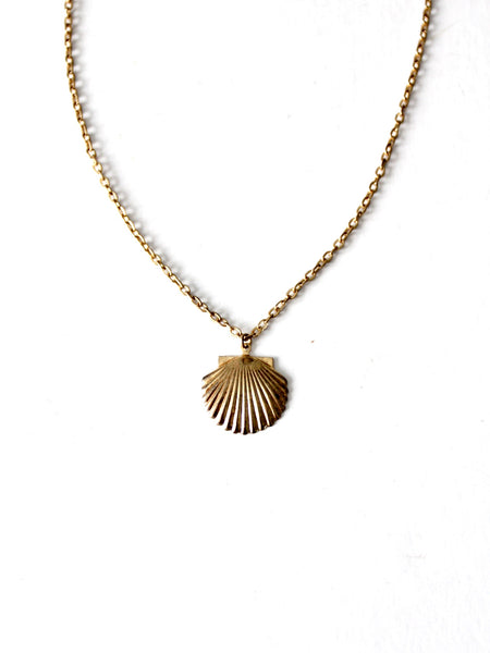 vintage abalone shell pendant necklace