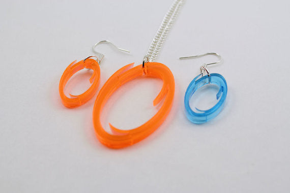 One Orange or Blue Portal Necklace and Earrings Set - Lasercut Acrylic Portal Pendant Necklace and Earrings Set - GLaDOS