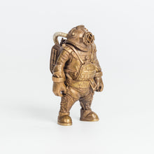 Load image into Gallery viewer, Deep Sea Diver