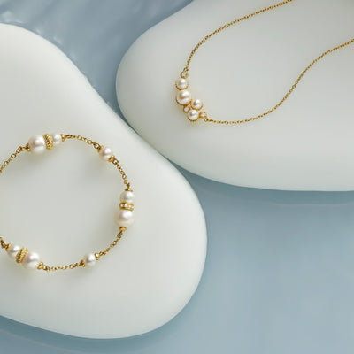 Shima Necklace with Freshwater Pearls and Diamonds in 18K