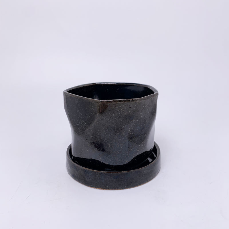 Black Small Facet Planter