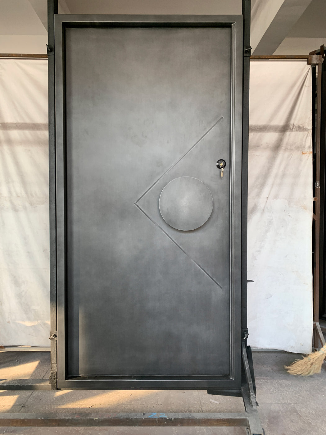 Zen Iron Pivot Door