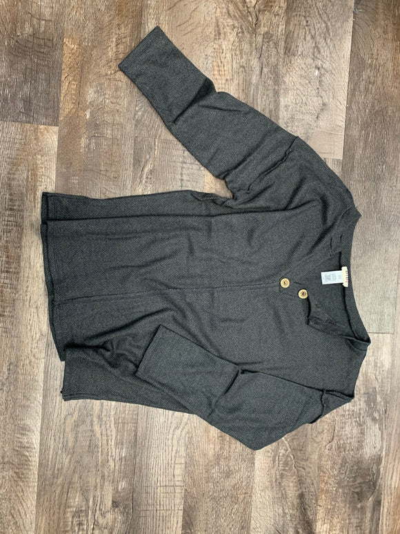 Charcoal 1/4 button top