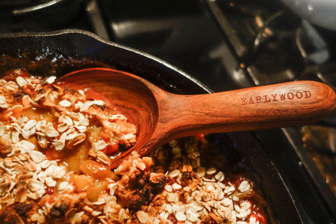 Lodge cast iron cooking strawberry rhubarb crisp
