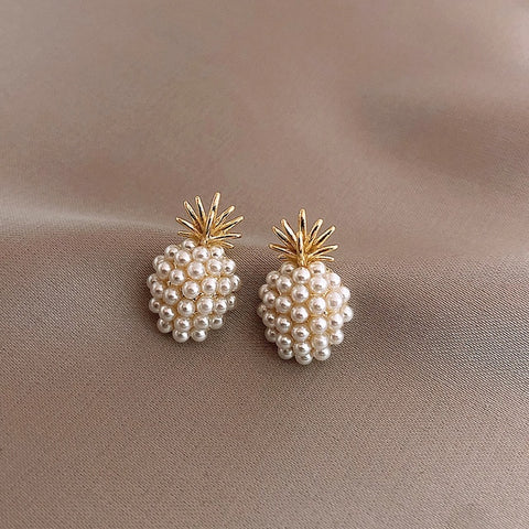 New Arrival Geometric Pearl Women Classic  Stud Earrings Pineapple Pearl Earrings  Female  Fashion Earrings Female Jewelry