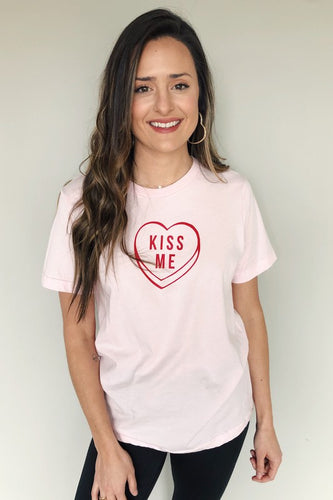 Kiss Me Candy Graphic Tee