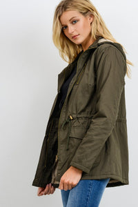 On Point Anorak Jacket - Olive
