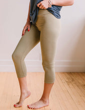 Load image into Gallery viewer, Perfect Fit Capri Leggings - Light Olive