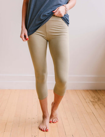 Perfect Fit Capri Leggings - Light Olive