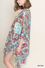 Load image into Gallery viewer, Locked In Time Kimono - Mint