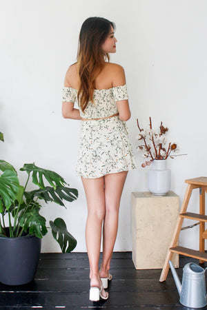 Daphne Floral Set in Cream