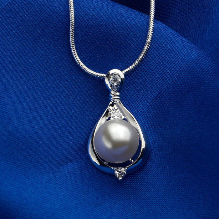 1.00 Ct FreshWater Pearl Necklace in 18K White Gold Plated