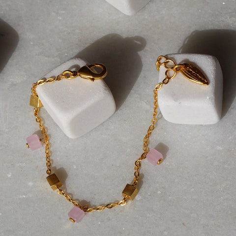 Cube Dainty Rose Quartz