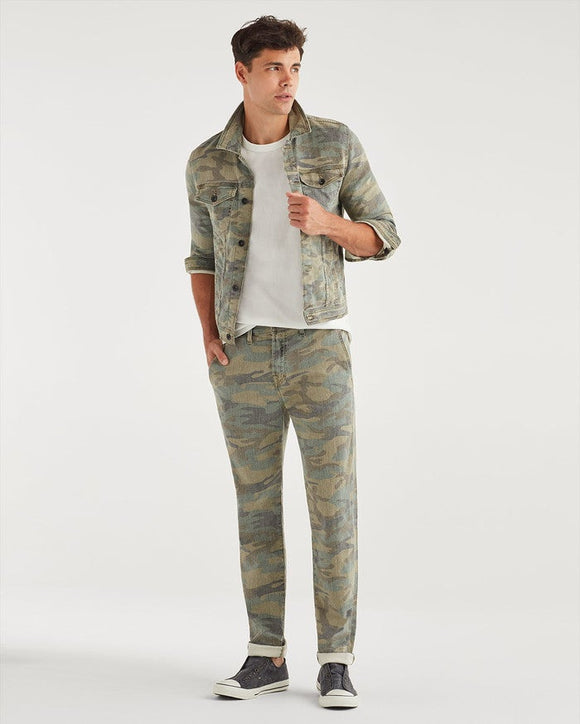 Men's Slim Chino in Camo {Sponsored}