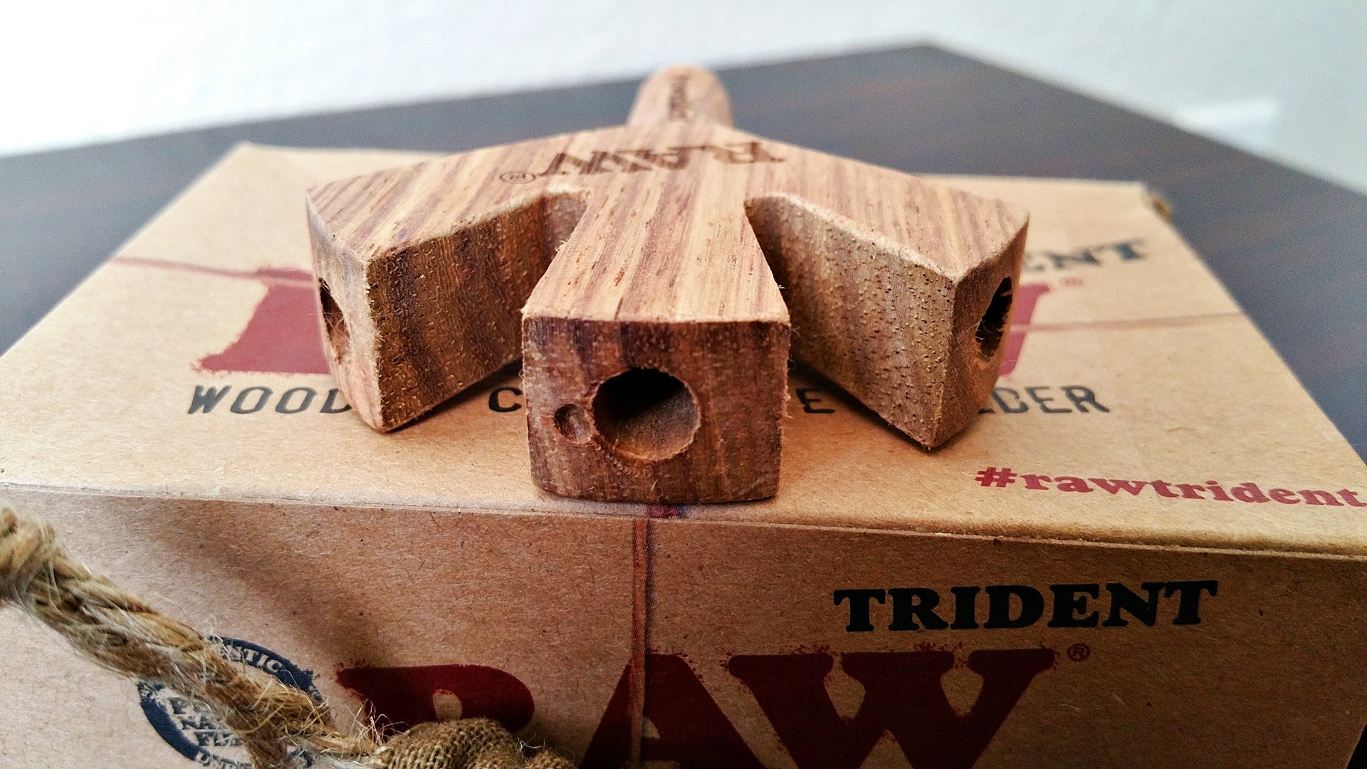 Trident Wooden Cigarette Holder
